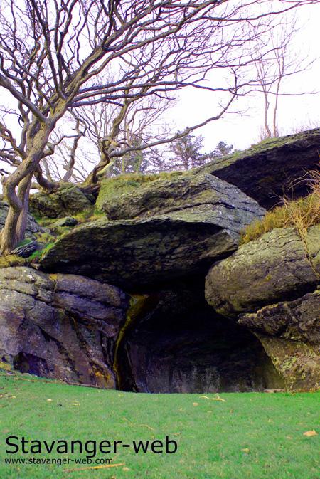 Stone Age Cave at Vista